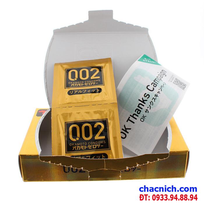 Bao cao su ôm khít Okamoto 0.02mm Premium ánh sáng đồng